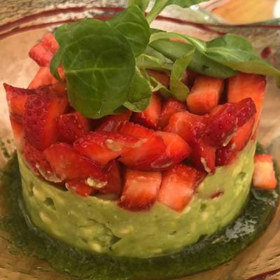 Avocado fruit plate