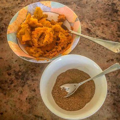 Pumpkin spice mix, and pumpkin latte recipe… from scratch.